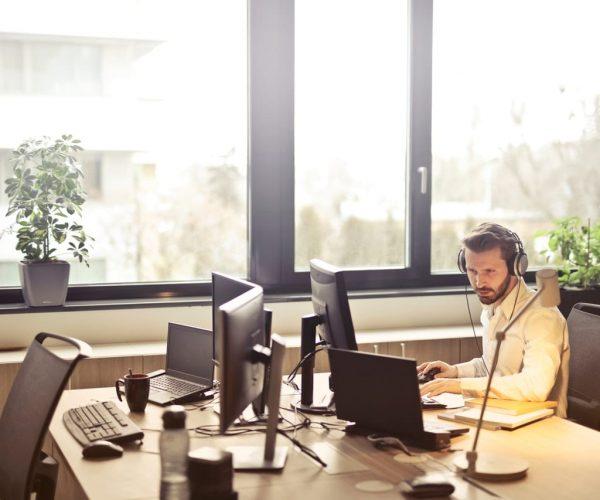 Success in the Virtual Boardroom